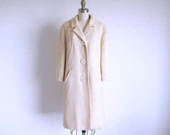 Audrey Hepburn Coat, Vintage 60s White Coat, Ivory Wool Coat, 1960 Fashion, Town & Country, Large Vintage Ladies Coat
