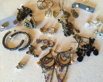 Earrings Pierced Vintage De-stash lot 892