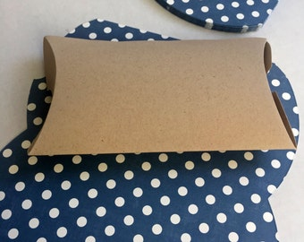 Blue Polka Dot Favor Boxes: 20 Ready to Assemble Favor Boxes