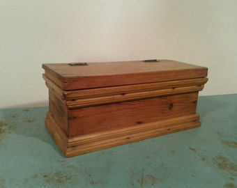 Vintage wooden salt box,  storage box, Vtg salt jar with wooden lid, Rustic deco, wood box,