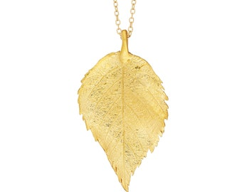 The Sweetest Thing Raspberry Leaf Necklace In Gold