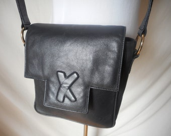 PALOMA PICASSO vintage 90's small black leather X shoulder bag