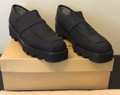 Donald J Pliner Made in the Mountains of Italy Black Happiness Elastic Leather Shoes