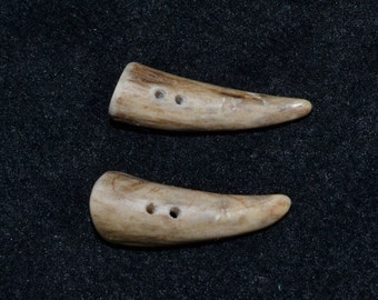 tips tines toggle toggel antler buttons deer antler buttons handmade deer antler buttons two hole rustic animal native natural buttons No. 3