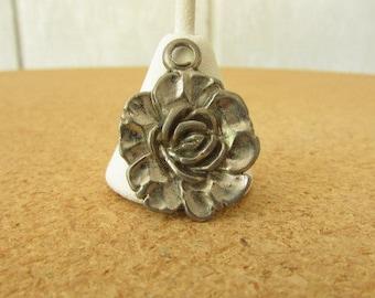 vintage 70s pewter rose flower pendant charm