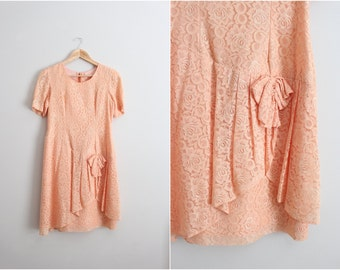 80s Coral Lace Mini Dress / 1980s Party dress / Bridemaids / Size S/M