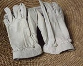 Antique Gloves....Women's Gloves...Paris Gloves...Leather Gloves