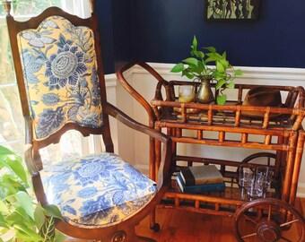 Rolling bamboo Bar Cart. Antique. Removable tray. Castors. Wooden Bar Cart
