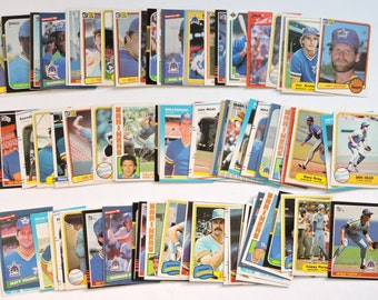 Seattle Mariners - Lot of 100 Assorted Vintage Baseball Cards