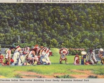Cherokee Indians, Full Native Costume, Ceremonial Dance, Reservation, Smoky Mountains, North Carolina - Linen Postcard - Unused (TTT)