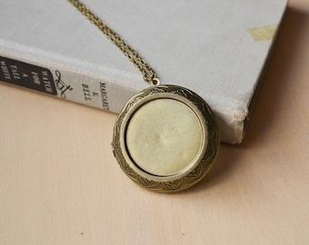 Large Bronze Customized Photos Locket Necklace