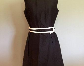 Black & Cream classy vintage dress, size Small