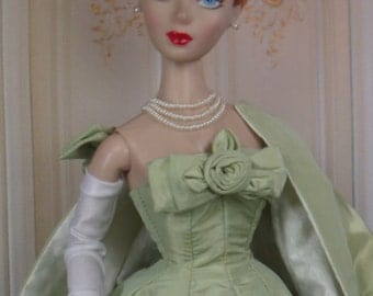 Doll Gloves in Wrist, Opera and Mid Length for 12 inch and 16 inch size Fashion Dolls