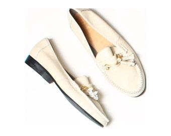 Vintage 80s Fine Quality Shoes Cream Leather Kiltie Fringe Loafers UK 7 US 9.5 EU 41