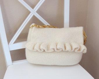 Felted Purse Pattern, Knit Bag Pattern, Felted Purse, Knitted Purse, PDF Pattern, White Ruffle - Knitting Pattern by Deborah O'Leary