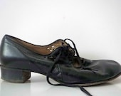 Vintage 60s Black Mary Janes, Granny Pumps Witch Gothic Shoes Leather 41