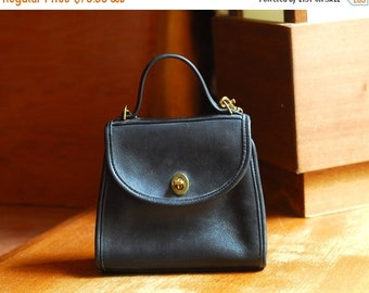 JULY SALE / vintage Coach black leather purse / Coach Regina bag