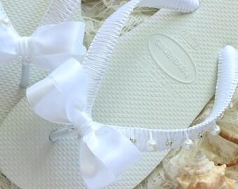 White wedding flip flops, white bridal flip flop, white bridal shoes, white wedding shoes, White Bridal Sandals, white bride flip flops