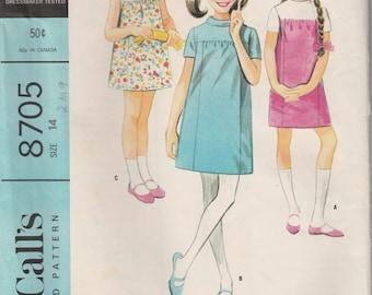 1967 Sewing Pattern McCall's 8705 girls dress size 14 bust 32 waist 26