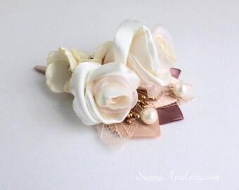 Ivory Blush Dusty Rose Gold Boutonniere/Ivory Blush Gold Wedding Lapel Pin/ Handmade Wedding Accessory