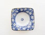 Blue Sakura Flower Dish - Gloss Drainage Dish Round