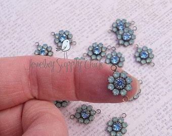 Pacific Opal / Aquamarine Swarovski crystal flower (x6+)