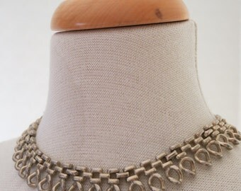 Statement choker from the 60s