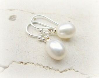 White Pearl Earrings.First Communion Earrings.Flower Girl Jewelry.Freshwater Pearl Jewelry. White Pearl Drop Earrings.Petite Pearl Earrings