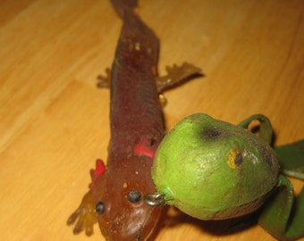 Bill Plummers Frog With Lizard collectible