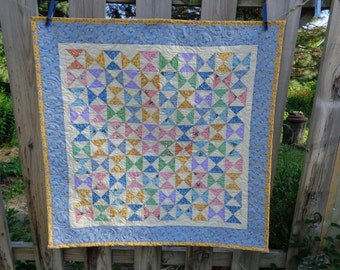 30's Reproduction Hourglass quilt, Hourglass quilt, Baby Quilt 0619-01