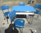 great shape clean vintage blue ENAMEL PORCELAIN top KITCHEN table and 4 matching chairs pick up only