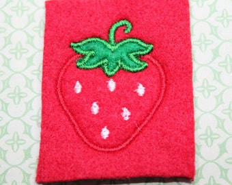 Strawberry feltie, Summer Red strawberry, white dots, kelly green applique for top, 4 pcs for hair accessories, scrapbooking, or crafts