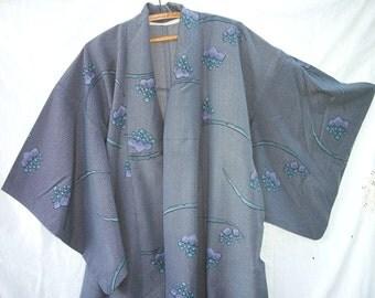 Hitoe ~ Vintage Kimono ~ Japanese ~ Kimon ~ Unlined ~ Summer weight / design