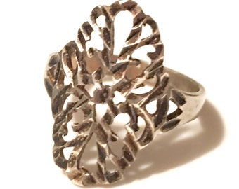 Vintage Diamond Cut Sterling Silver Ring