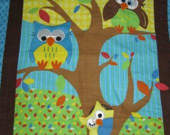 Blue Owl Quilted Comforter Blanket