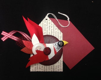 Upcycled Valentine Love Bird Brooch, card tag for your message.