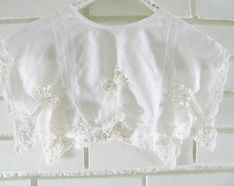 80's white linen collar with lace trim