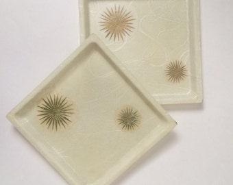 Vintage Set of 2 Fiberglass Serving Trays - Snack Trays - Vanity Trays - Gold Starbursts - Platters Plates