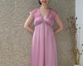 ON SALE: Vintage Midi Nightgown size S-M
