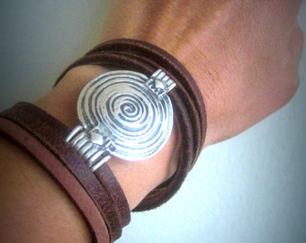 Leather cuff abstract/bold metal cuff/art deco cuff bolf/leather bracelet