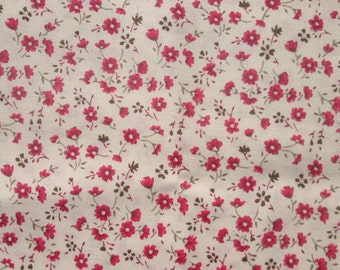 Small Print Fabric - Red Flowers on Tan Background - Woven Calico Sewing Material for Dressmaking, Quilting or Home Decor