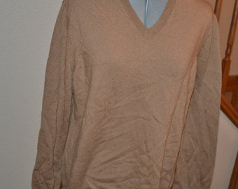 Vintage  Banana Republic sweater extra fine merino wool light brown pullover jacket 90s   Size XL Christmas sweater gift