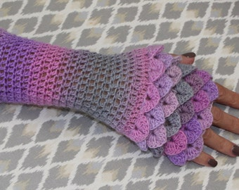 Crochet Pattern Kathleen Glove- fingerless glove pattern-crocodile stitch glove-dragon glove pattern