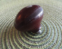 B452)  Vintage Large Bakelite Knob male thread