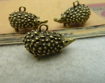 6pcs 14*14*25mm antique bronze hedgehog animal charms pendant  C3610