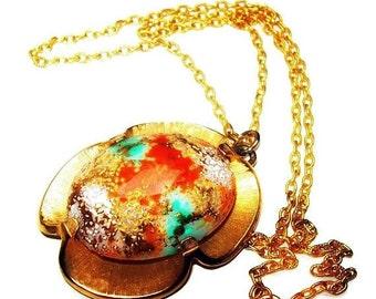 """JUDY LEE Egg Pendant Necklace Signed Green Orange White Art Glass Gold Metal 24"""" Vintage"""