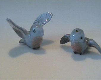 Vintage 1980's miniature Hagen Renaker blue mama & papa Tweety birds