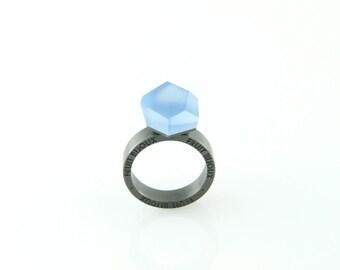 Vu, rhodium plated ring, cobalt blue, top 12 mm