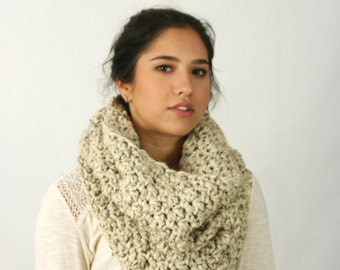 Chunky Cowl Scarf  Neck Warmer Textured Crochet Hood  / THE LECONTE / Oatmeeal