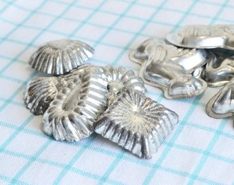 Mini molds, vintage praline tins, chocolate molds, playhouse utensils, patisserie forms, soap making